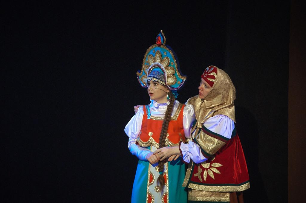Забава, царевна — Анастасия Лоскутова,  Матрена Егоровна, нянюшка — Татьяна Лопатина